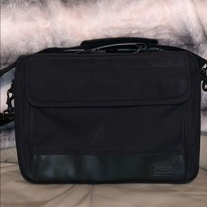 Targus black laptop case